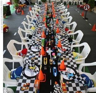 race car party table decorations