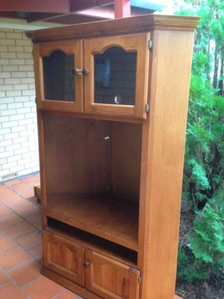 TV-cabinet-upcycle-to-a-kids-wardrobe