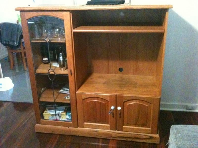 TV-cabinet-upcycle