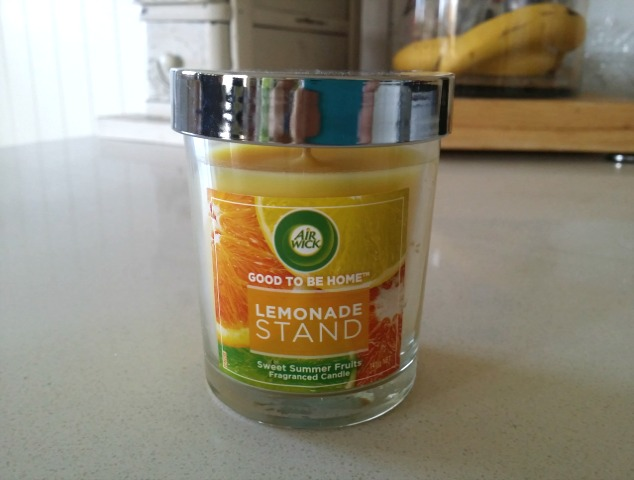 Air Wick Scented Candle