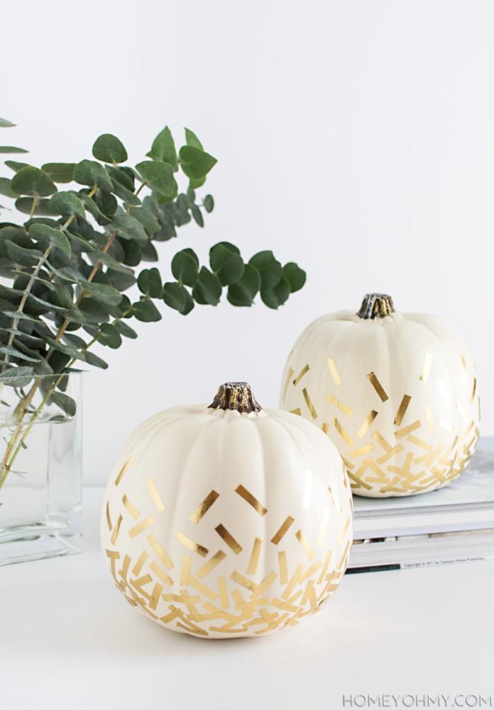 DIY confetti pumpkins