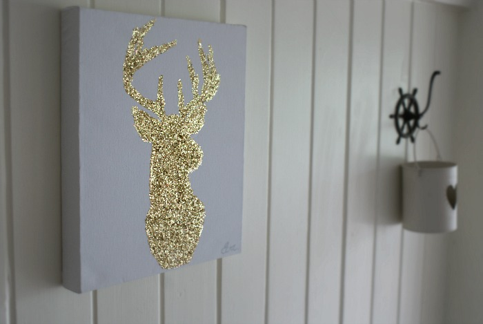 Christmas reindeer diy wall art