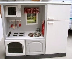 TV-cabinet-upcycle-mini-kitchen