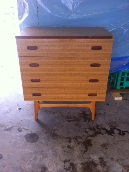 Vintage-Drawers-Gumtree