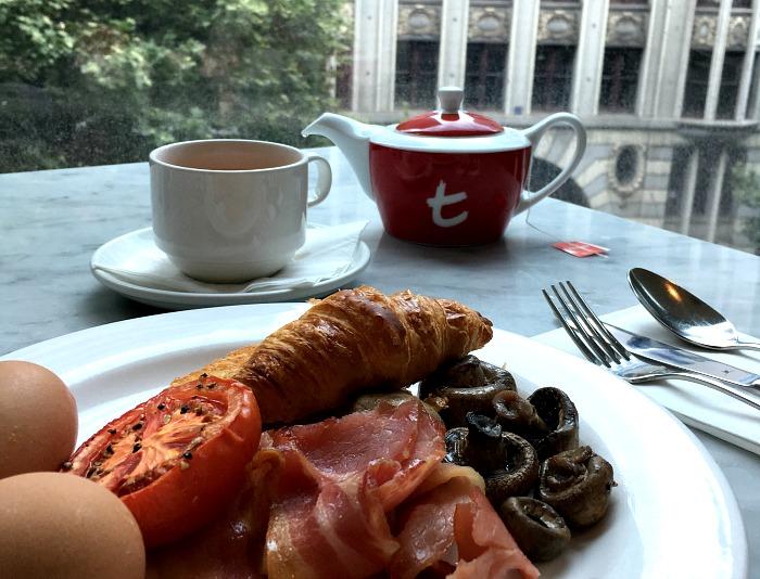 Novotel Melbourne on Collins Breakfast