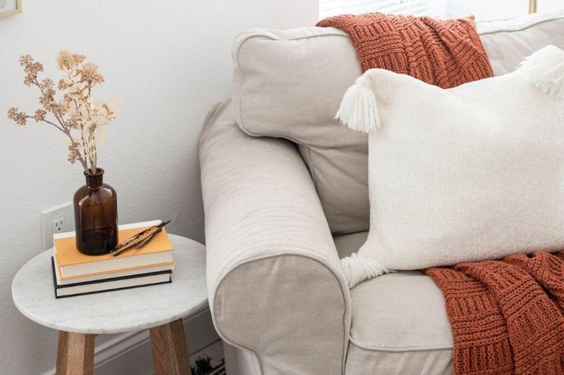 living room decor tips for fall